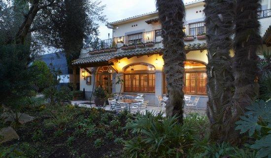 Campllong, Spain: Restaurante amplio, tradicional ideal para todo tipo de celebraciones