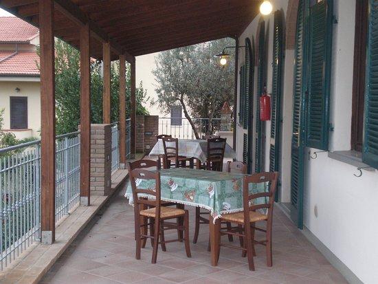 Pieve di Santa Luce, Italia: Esterno appartamenti
