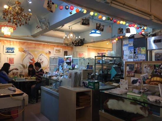 AH MEOW CAT CAFE, Hong Kong - Wan Chai / Causeway Bay - Restaurant Reviews,  Photos & Phone Number - Tripadvisor
