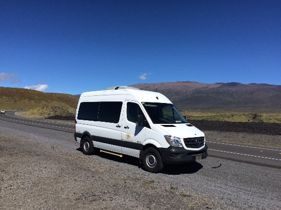 Kamuela, Hawaje: We use Mercedes Sprinter high-ceiling vans for your comfort!