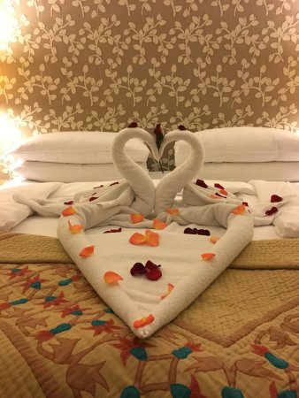 The Oberoi Amarvilas: Housekeeping went beyond the call of duty!!