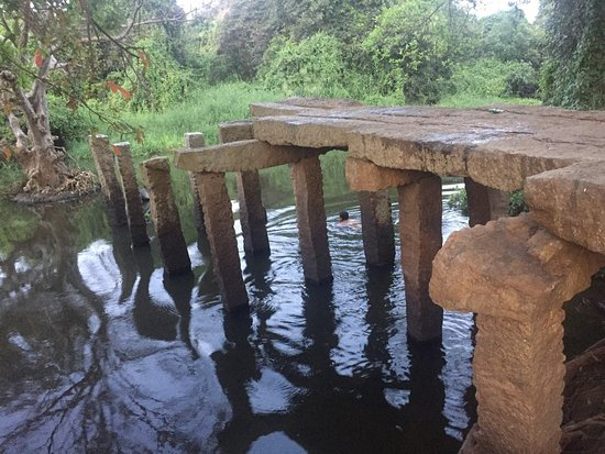 Gal Palama (Stone Bridge) over Malwathu Oya