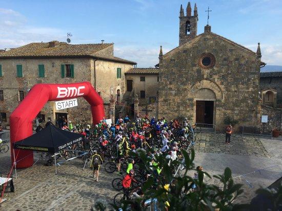 Bed & Breakfast In Piazza: Bike. Eventi...