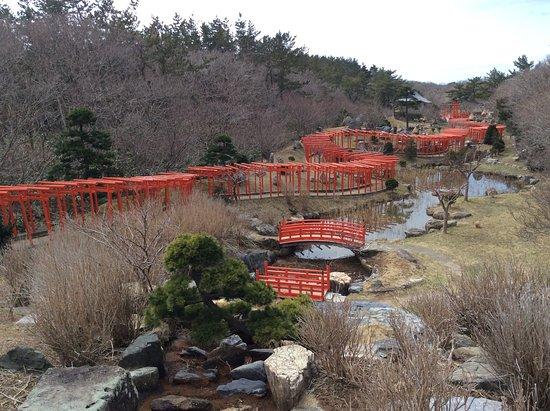 Tsugaru, ญี่ปุ่น: Long Long Long Gates!!