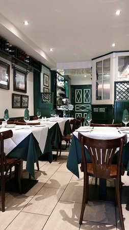 Daphne London Greek Restaurant