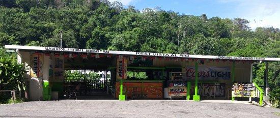 Restaurant Vista Al Rio