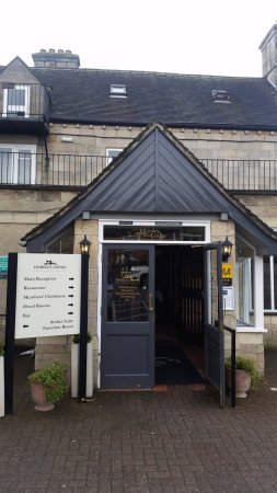 Derbyshire, UK: Entrance to the Brasserie