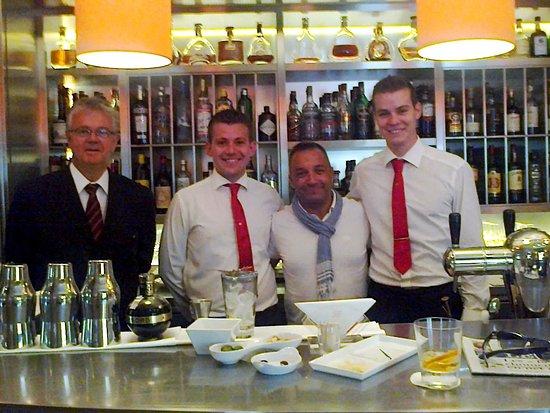 Hotel Amigo: Juillet 2015. Monsieur Paul et Corentin...