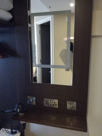 Premier Inn London Kew Hotel: IMG_20170330_153655_large.jpg