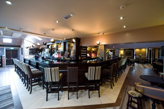 Drogheda, Ireland: The luxurious lounge