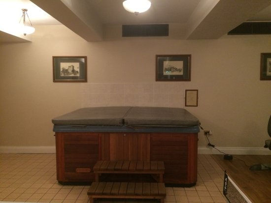 Eviston House Hotel: HotTub