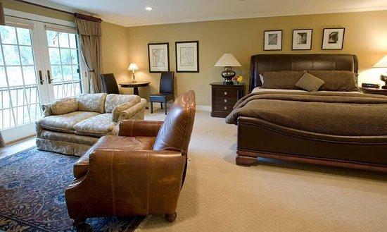 โจนส์วิลล์, มิชิแกน: Spacious rooms with tasteful decor!