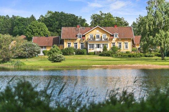 Toftaholm Herrgard Hotel Photo