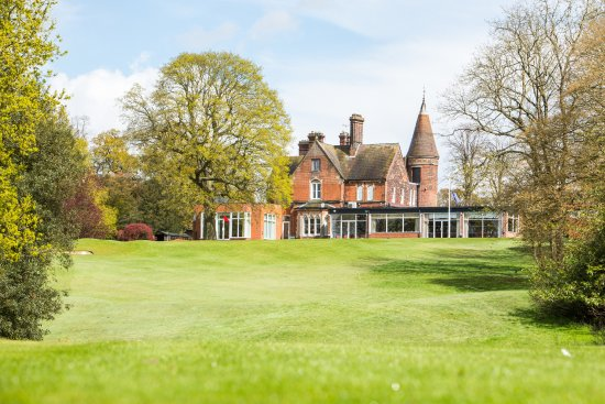 Hertford, UK: Clubhouse from the 18th