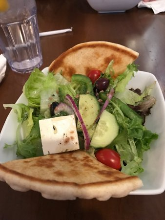Katerina's Greek Cuisine: photo2.jpg