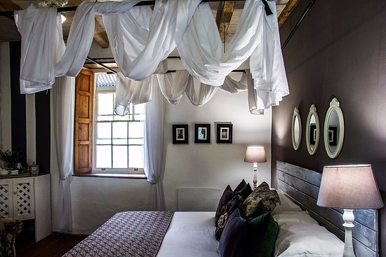 Elianthe's Guesthouse: Room 6