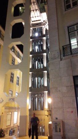 Santa Justa Lift : Ascenseur Santa Justa by night