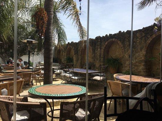 Picture of el jardin del califa vejer de la for El jardin del califa precios