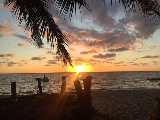 Little Corn Beach and Bungalow: Sunrise - free entertainment!