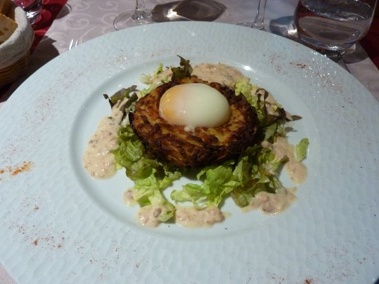 Au puits des saveurs : Described as a has brown with an egg on top, lovely