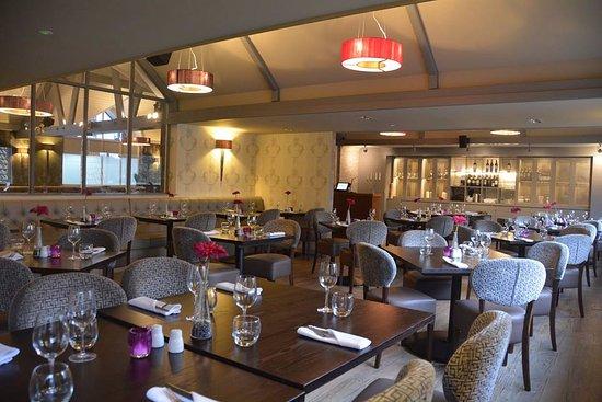 Amber Bar & Restaurant: Restaurant