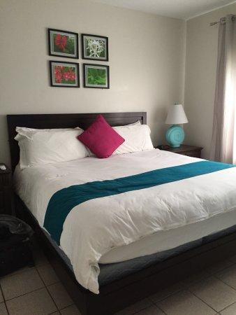 Inn at Grace Bay: Bed