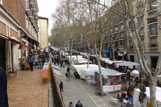 El rastro market picture of el rastro madrid tripadvisor - Cascorro madrid rastro ...