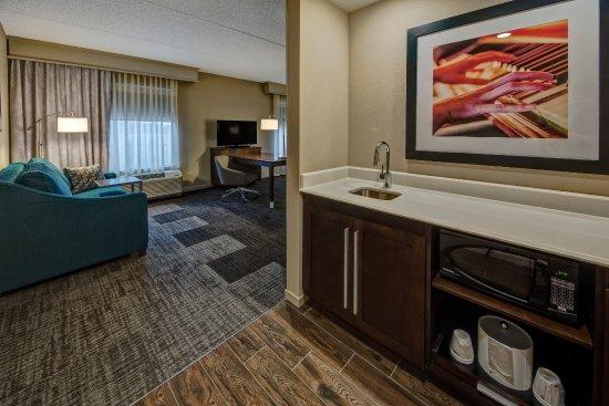 hampton inn suites nashville hendersonville updated. Black Bedroom Furniture Sets. Home Design Ideas