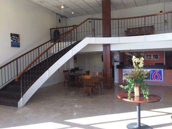 Ruther Glen, Wirginia: Motel Lobby