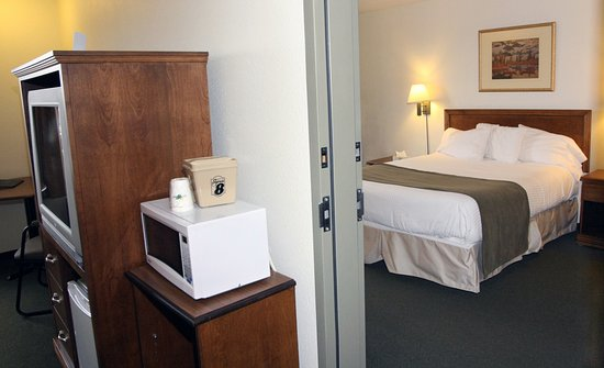 Truro, Canada: King room adjoins an accessible room