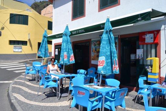 Paul do Mar, Portugal: terrasse extérieure