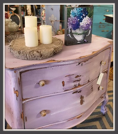 Woodbury, CT: Super Sweet Purple Chest