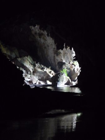 Phoun Hin Boun, Laos: Uscita dalla grotta.