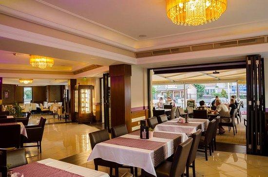 Simbad Hotel & Bar