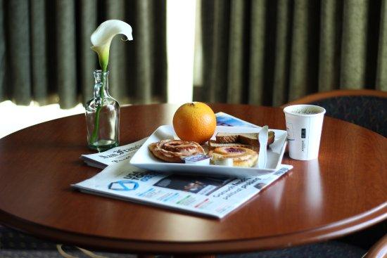 Mirage Inn & Suites Image