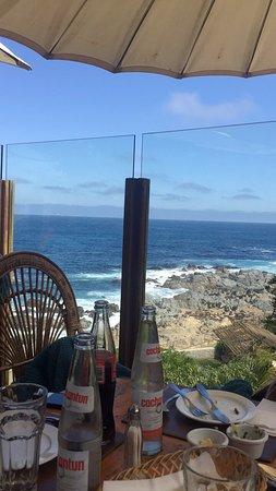 EL RINCÓN DEL POETA: La vista desde la mesa.