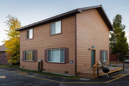 Faithful Street Inn: Townhouses Grayling Creek 122B and Nez Perce 122C - They are mirror images of each other.
