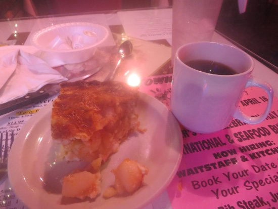 West Milford, نيو جيرسي: Excellent Apple Pie and coffee for desert