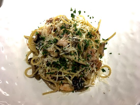 Angel Hair Pasta With Prawns Bacon And Mushrooms Picture Of Shio