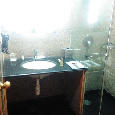 Hotel Saffron Kiran: IMG-20170331-WA0004_large.jpg