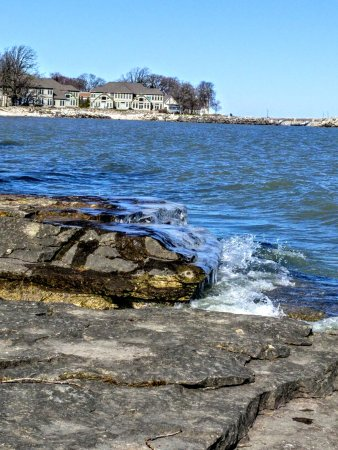 The Lake House: Lake Erie by the Marblehead LightHouse