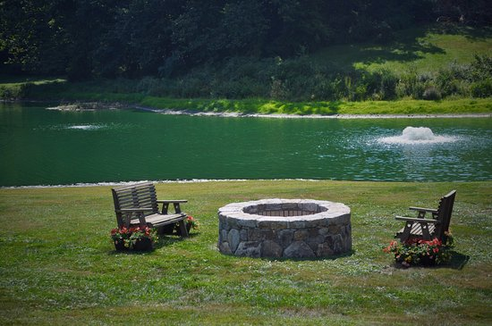 Woodbury, CT: Fire pit