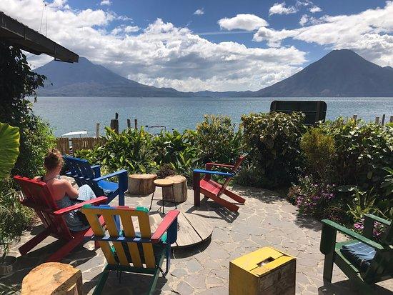 La Iguana Perdida Hotel: Enjoying the lovely view