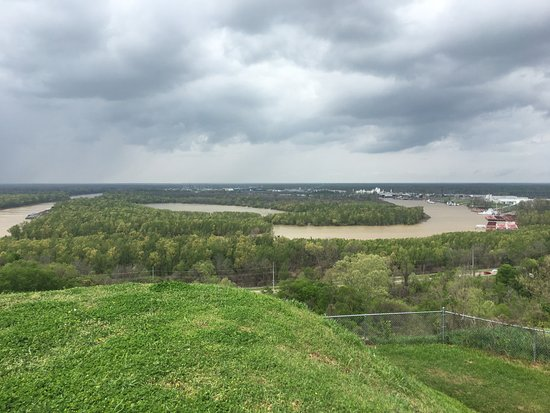 Vicksburg National Military Park: hairpin turn from bluff