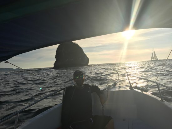 Issys Tours Costa Rica: Monkey Head Rock at Sunset