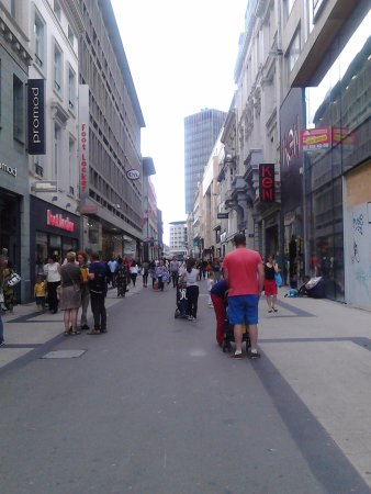 Rue Neuve: Et voilà!