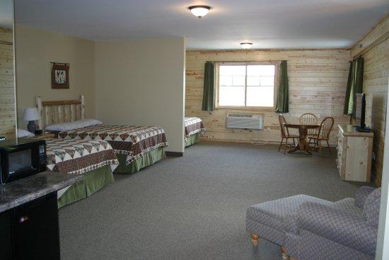 Crane Lake, MN: Room 3