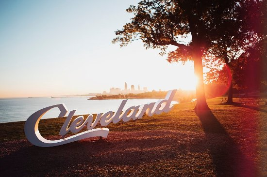 Cleveland, OH: Lake Erie Views