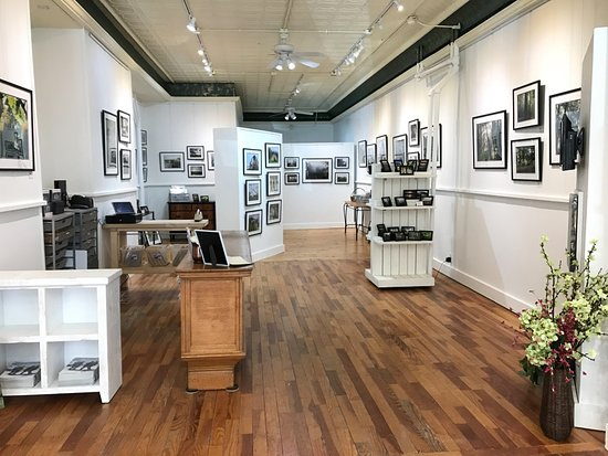 ‪River Bend Gallery‬