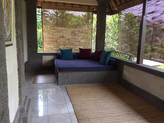 Alam Shanti: The veranda